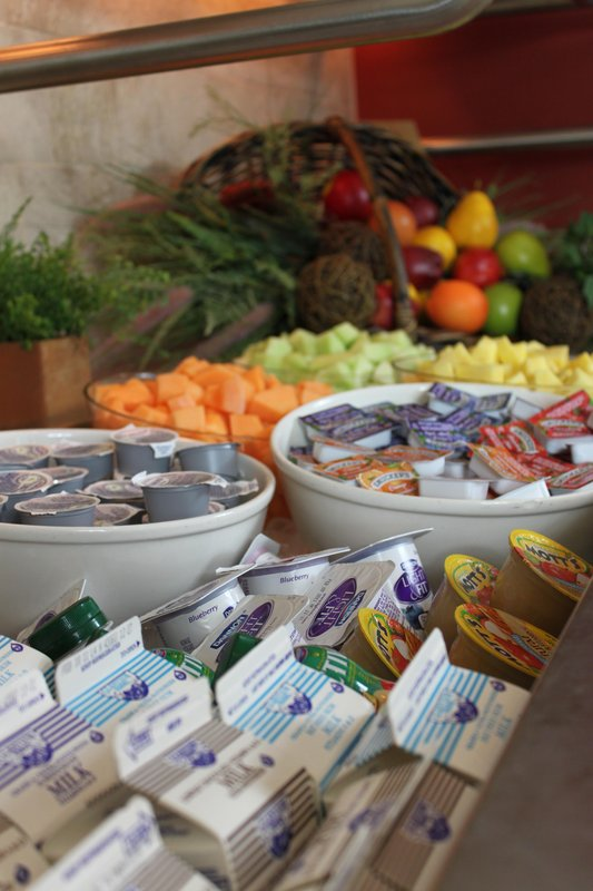 Hilton Garden Inn Riverhead-Fresh Delicious Choices<br/>Image from Leonardo