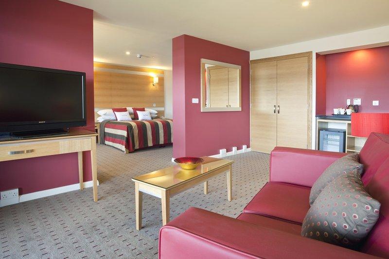 DoubleTree by Hilton Milton Keynes-Junior Suite<br/>Image from Leonardo