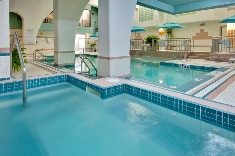 Holiday Inn Hotel & Suites Windsor (Ambassador Bridge)-Whirlpool<br/>Image from Leonardo