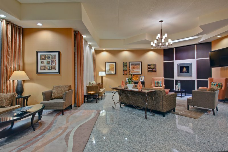 Holiday Inn Hotel & Suites Windsor (Ambassador Bridge)-Hotel Lobby<br/>Image from Leonardo
