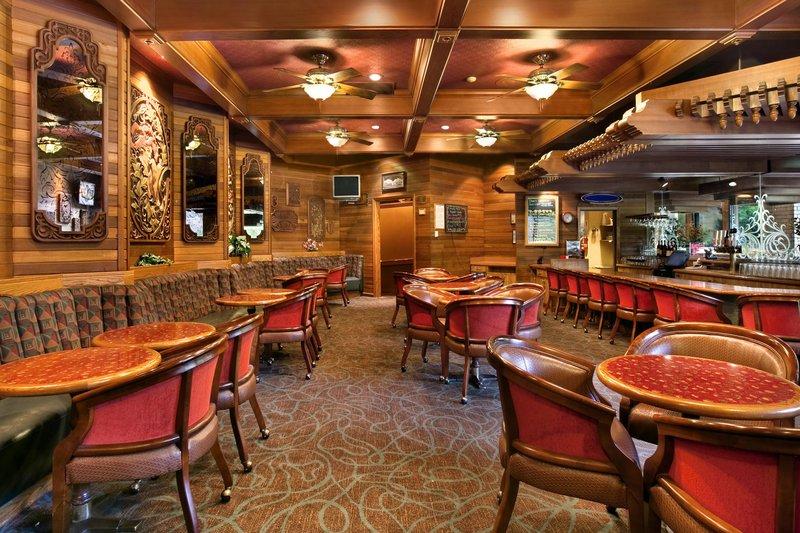DoubleTree by Hilton Durango-Edgewater Lounge<br/>Image from Leonardo