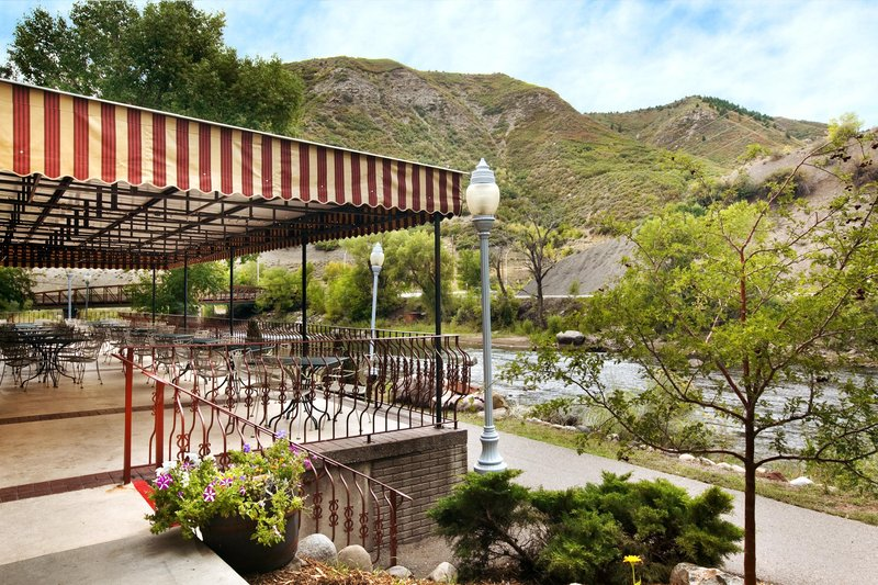 DoubleTree by Hilton Durango-Animas River Cafe<br/>Image from Leonardo