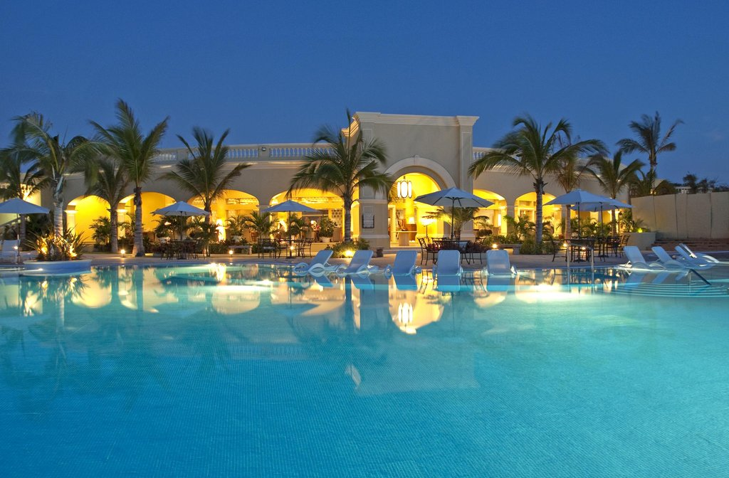 Pueblo Bonito Emerald Bay Resort & Spa-Restaurant<br/>Image from Leonardo