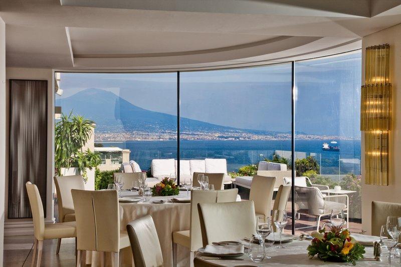 Grand Hotel Vesuvio Naples-Caruso Roof Garden<br/>Image from Leonardo