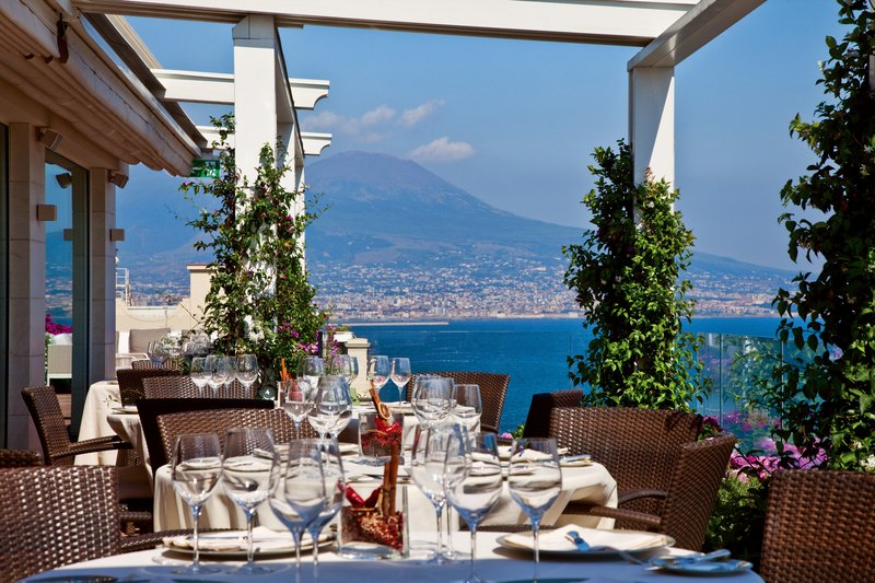Grand Hotel Vesuvio Naples-Caruso Restaurant Main Terrace<br/>Image from Leonardo