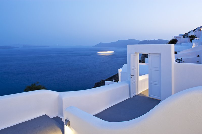 Canaves Oia Hotel-Junior Suite<br/>Image from Leonardo