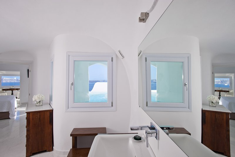 Canaves Oia Hotel-River Pool Suite<br/>Image from Leonardo