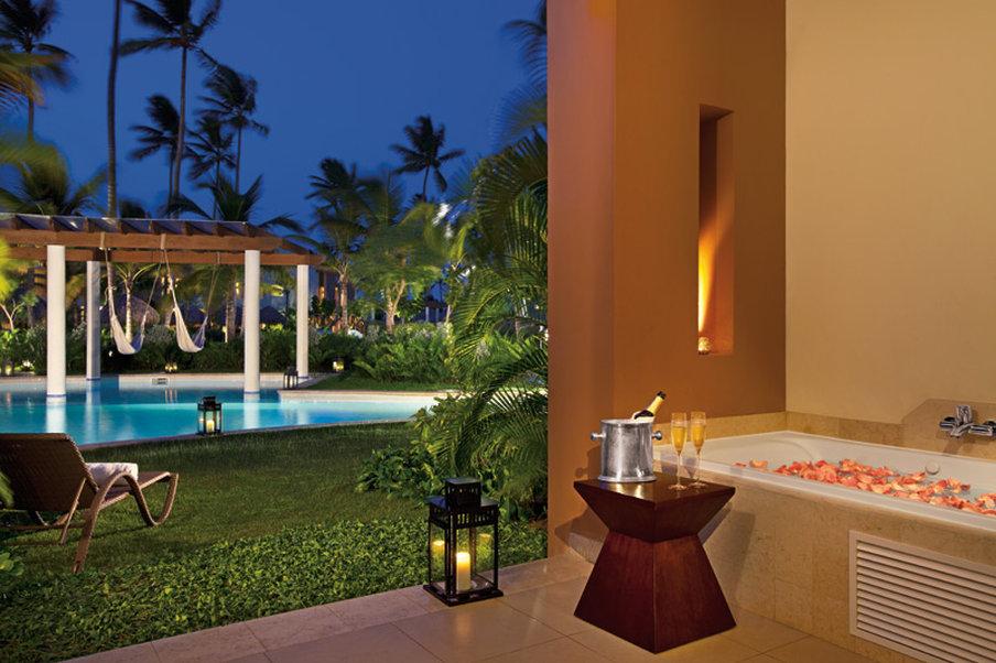 Secrets Royal Beach Punta Cana - Suite <br/>Image from Leonardo