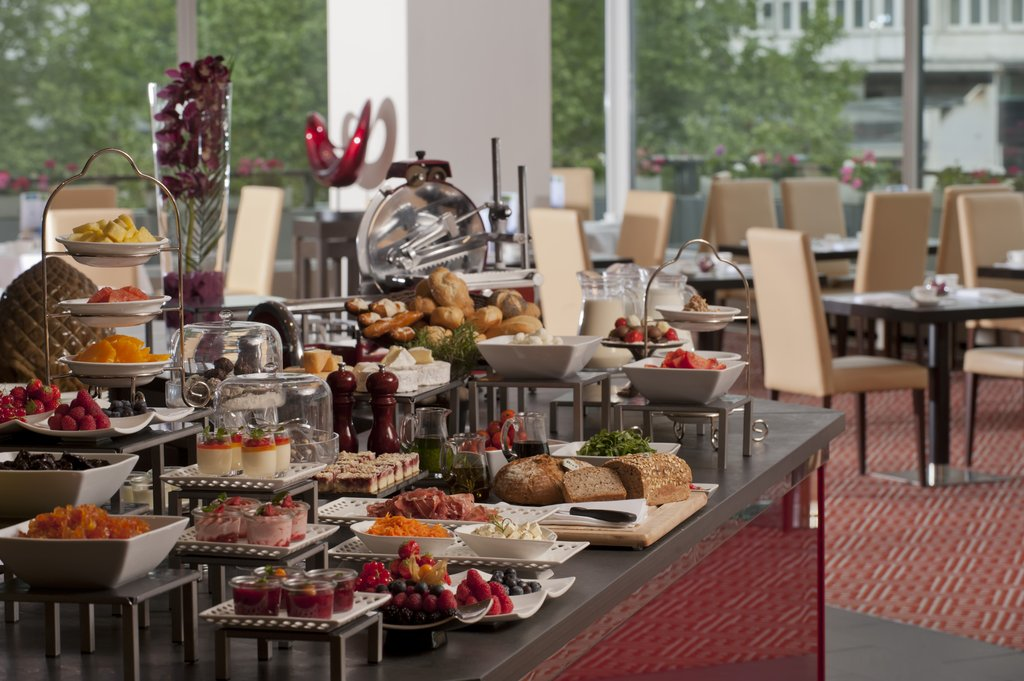 Hotel Palace Berlin - Buffet Breakfast at Bon Dia Restaurant <br/>Image from Leonardo