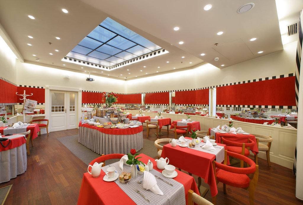 Mamaison Hotel Riverside - Breakfast Room <br/>Image from Leonardo