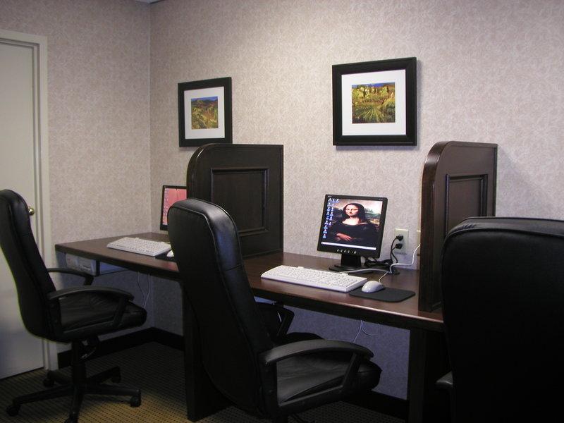 Holiday Inn Burlington - Hotel & Conf Centre-24 Hour Business Centre<br/>Image from Leonardo