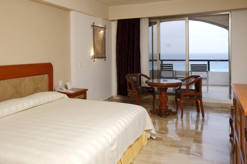 Golden Parnassus Resort & Spa - Deluxe Ocean <br/>Image from Leonardo