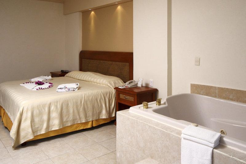Golden Parnassus Resort & Spa - Club Lagoon <br/>Image from Leonardo