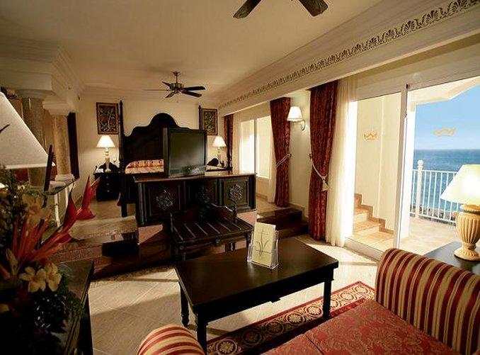 Riu Palace Aruba - Guest Room <br/>Image from Leonardo