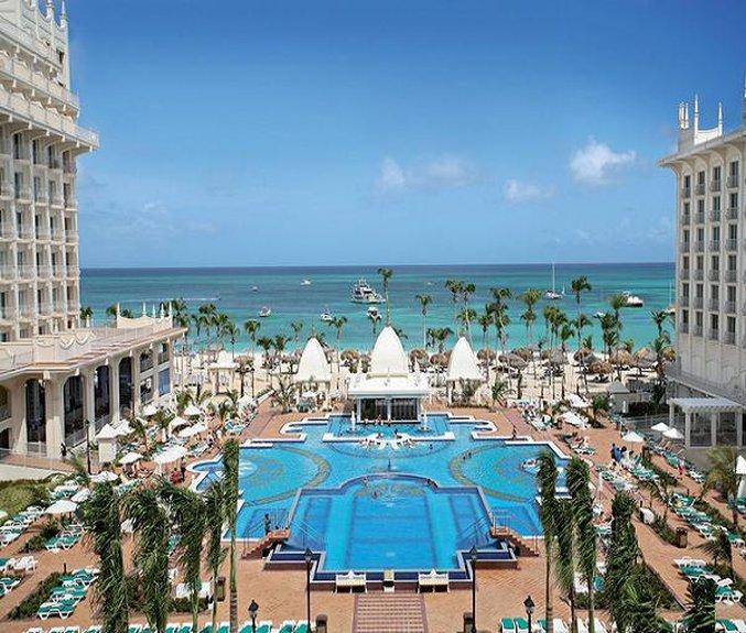 Riu Palace Aruba - Pool <br/>Image from Leonardo