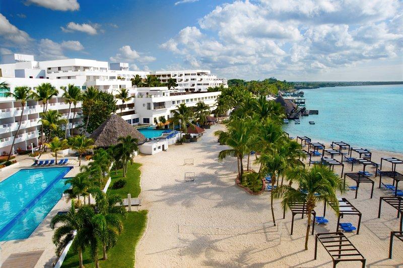 Be Live Experience Hamaca-Beach-Hamaca Blanco<br/>Image from Leonardo