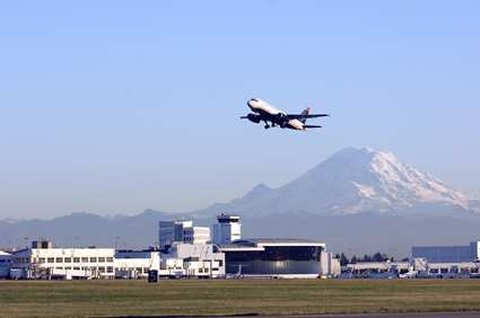 DoubleTree by Hilton Hotel Seattle Airport-Seattle Airport Parking & Shuttle<br/>Image from Leonardo