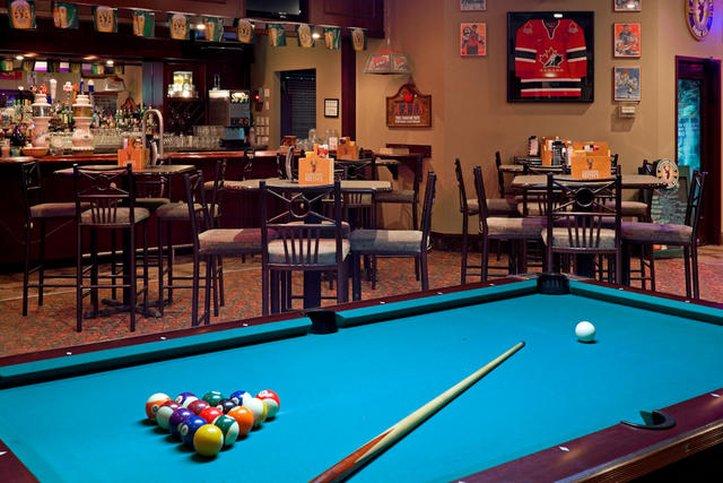 Holiday Inn Hotel & Suites Regina-Bar and Lounge<br/>Image from Leonardo