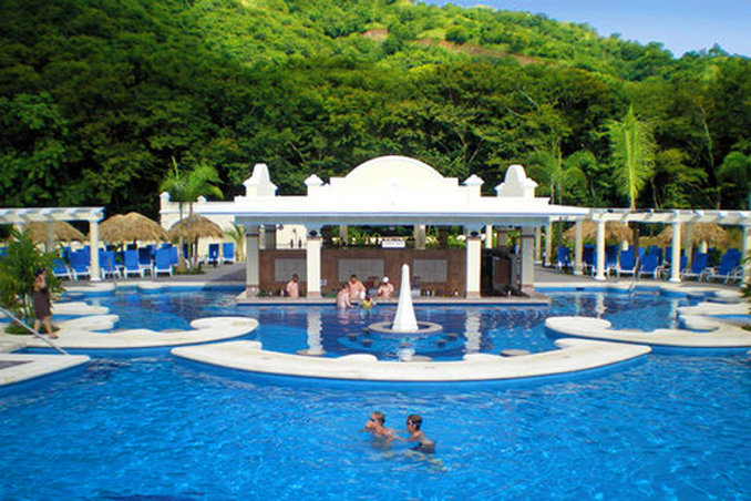 Riu Guanacaste - Pool Bar <br/>Image from Leonardo