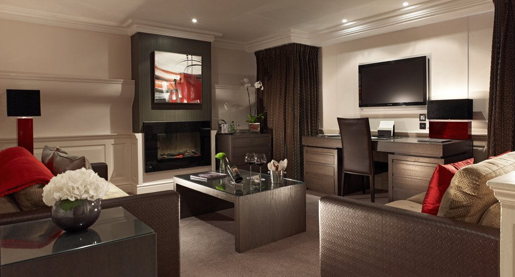 The Royal Horseguards - Apartment Living Room <br/>Image from Leonardo
