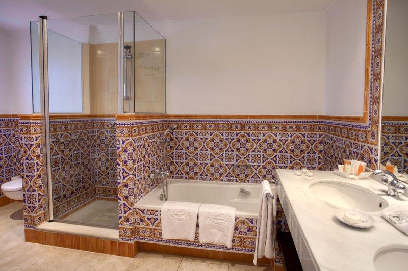 Hotel Puente Romano-Junior Suite bathroom<br/>Image from Leonardo