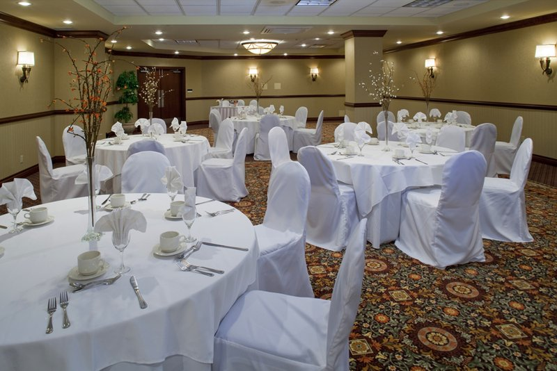 Best Western Plus Port OCall Hotel-Banquet Room<br/>Image from Leonardo