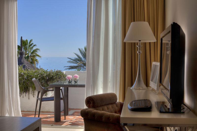 Hotel Puente Romano-Deluxe Junior Suite Beach<br/>Image from Leonardo
