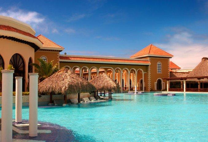 Paradisus Palma Real - Normal PPalma Real Pool <br/>Image from Leonardo