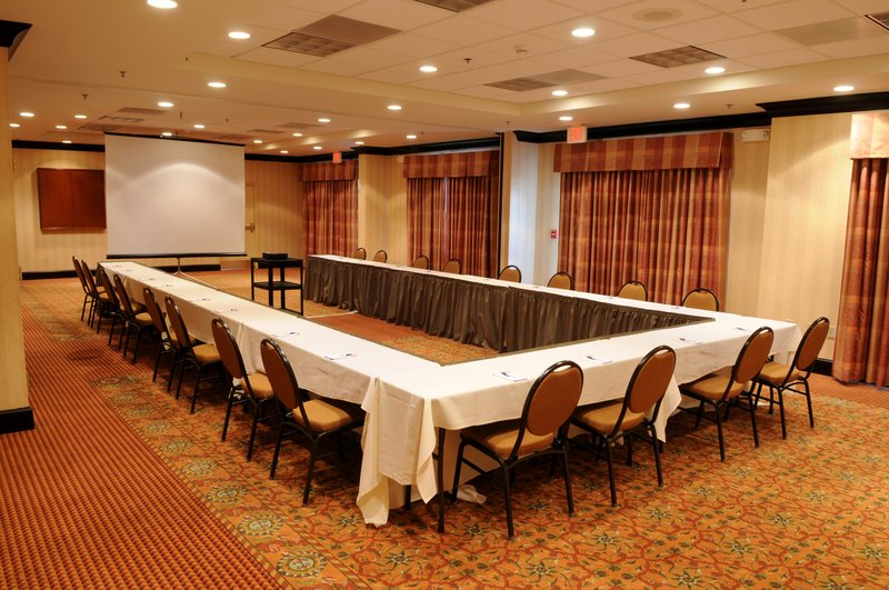 Hilton Garden Inn Indianapolis Northeast/Fishers-HGI Meeting Room<br/>Image from Leonardo
