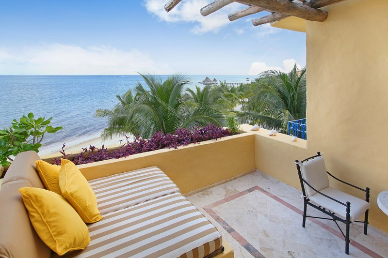 Zoetry Paraiso La Bonita - Ocean Front Suite With Terrace King Bed <br/>Image from Leonardo