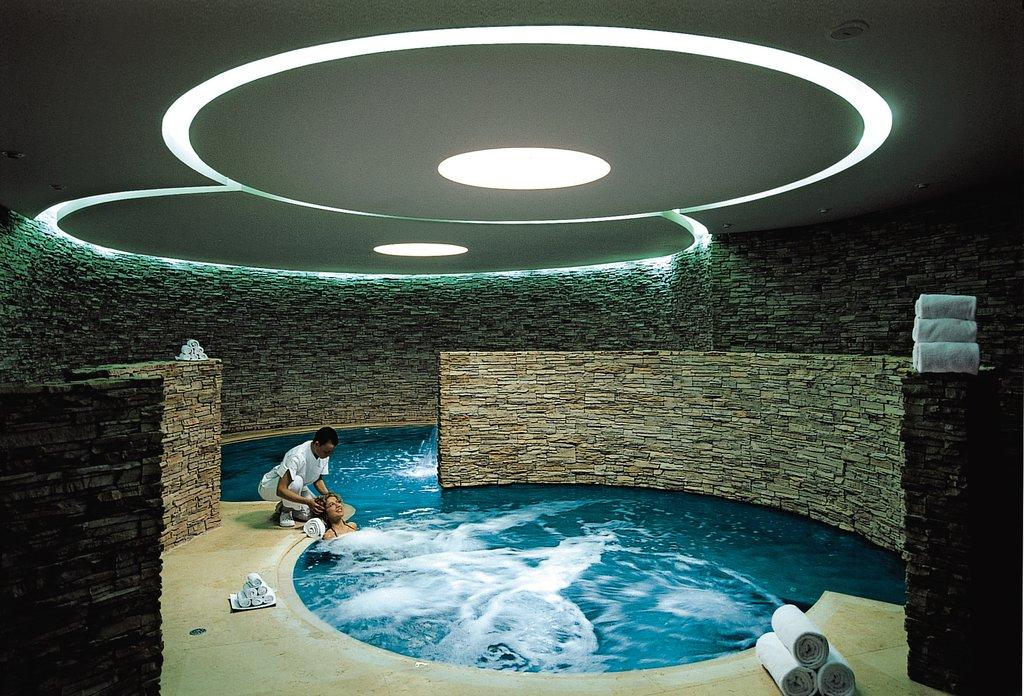 Castel Monastero-SPA Infinity Pool<br/>Image from Leonardo
