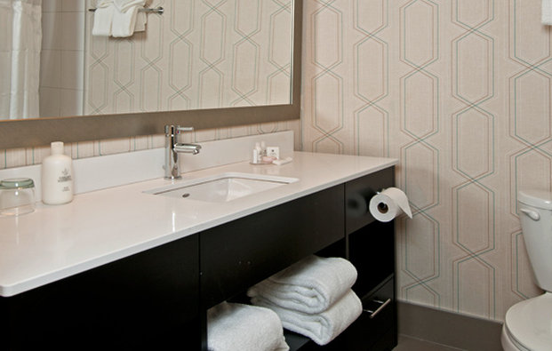 Coast Kamloops Hotel & C.C.-Bathroom - South Tower Rooms<br/>Image from Leonardo