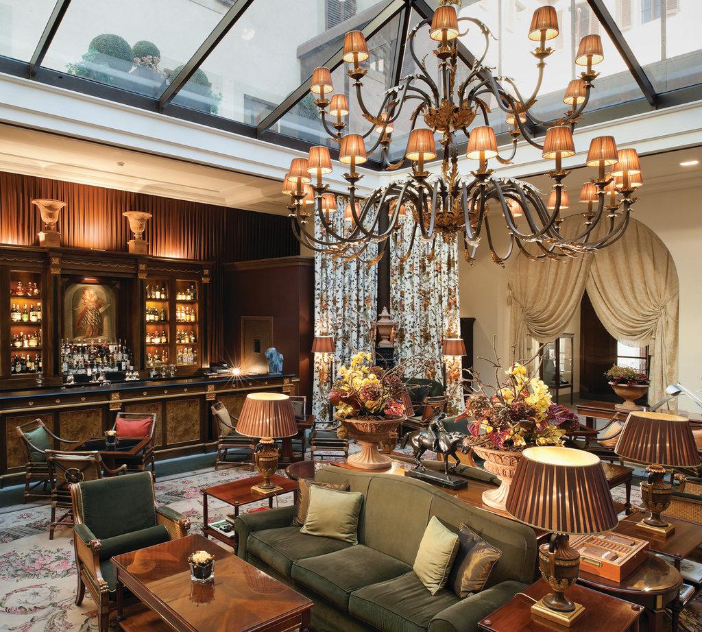 Four Seasons Firenze Hotel-Atrium Bar<br/>Image from Leonardo