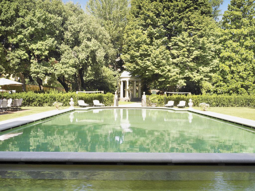 Four Seasons Firenze Hotel-Pool<br/>Image from Leonardo
