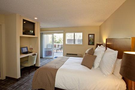 Sycamore Mineral Springs Resort-Adventureroom Jovial<br/>Image from Leonardo