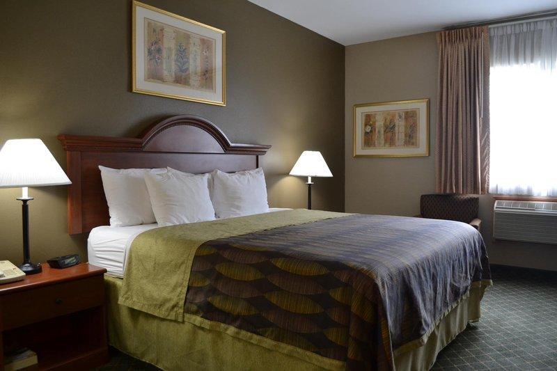 Best Western Plus Tulsa Inn  Suites-Deluxe King<br/>Image from Leonardo