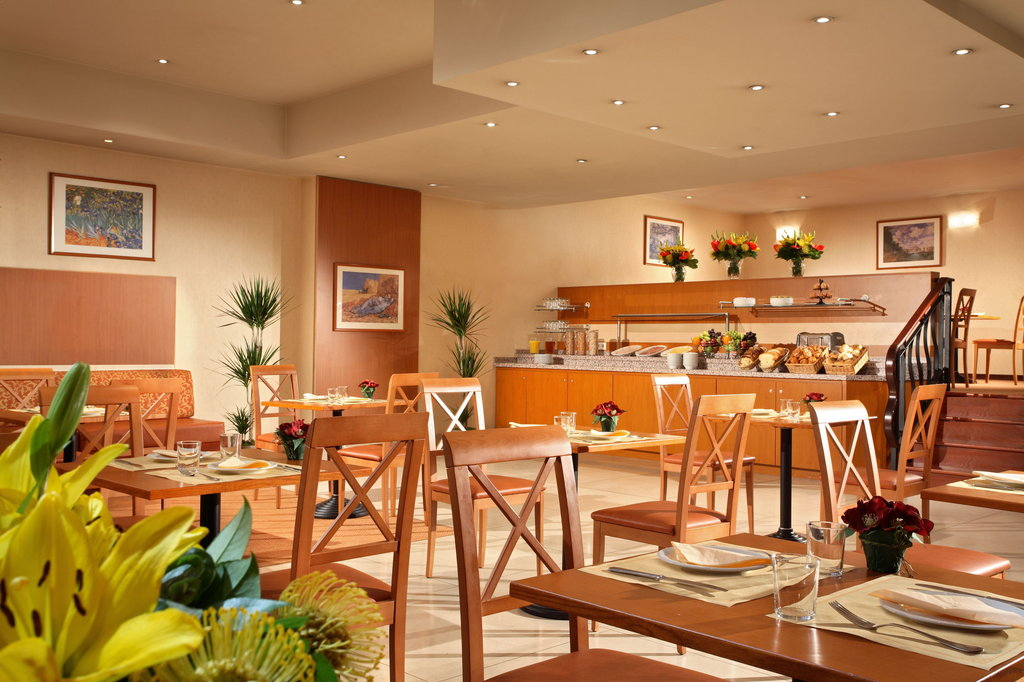 Citadines Toison d'Or Brussels-Breakfast Room<br/>Image from Leonardo