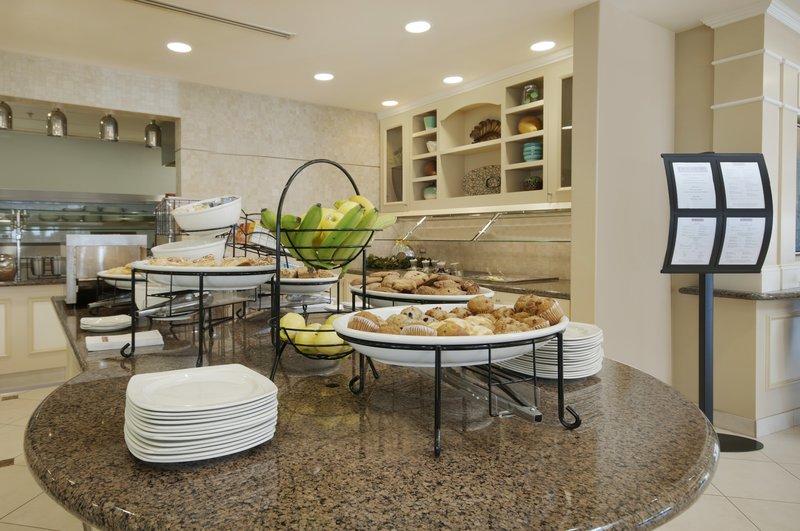 Hilton Garden Inn San Bernardino-Breakfast Area<br/>Image from Leonardo