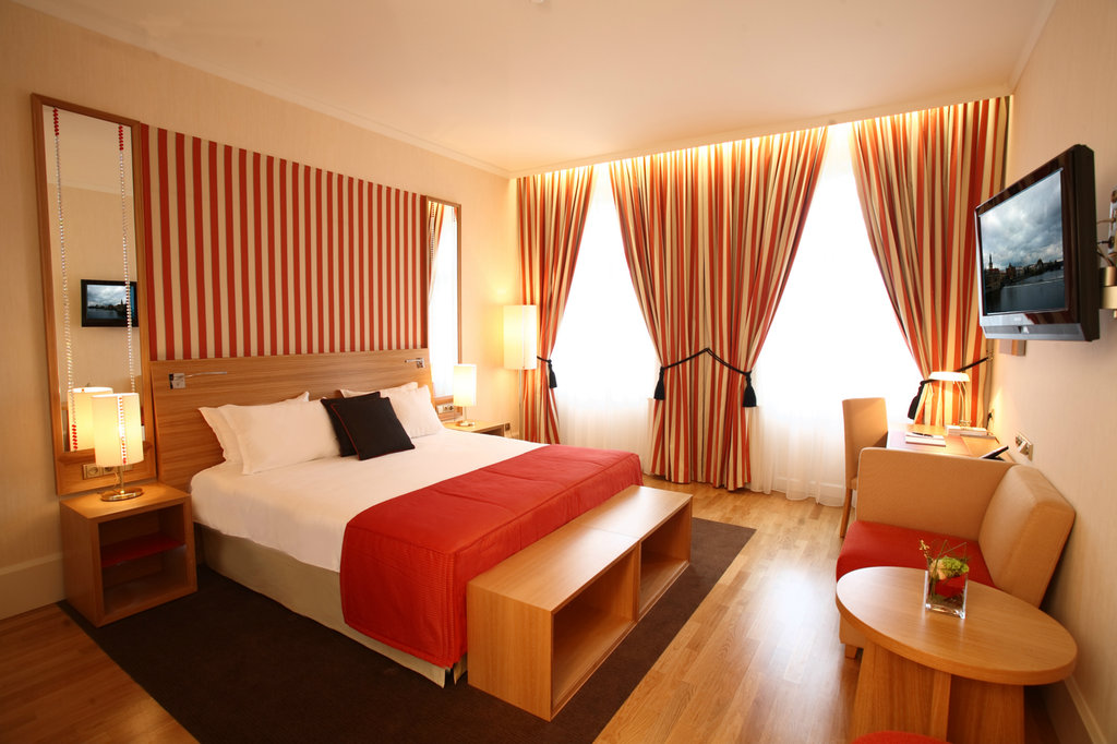 Mamaison Hotel Riverside - Deluxe Room with view <br/>Image from Leonardo
