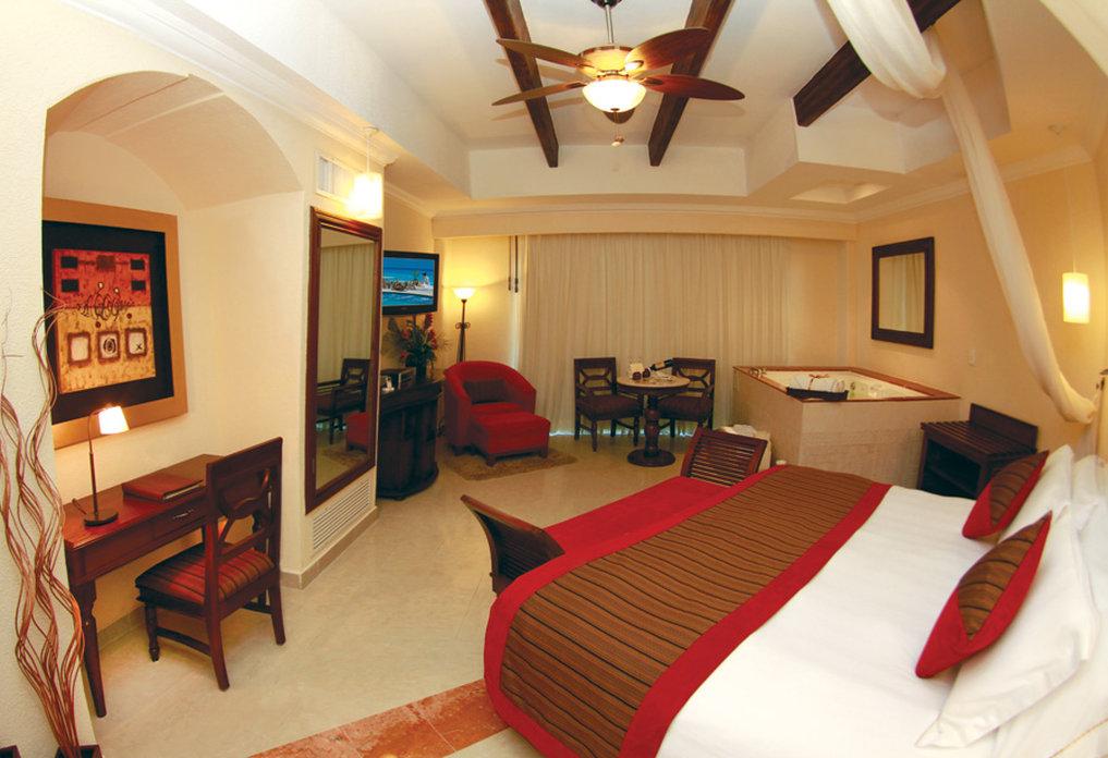 Hilton Playa del Carmen  - TRPRJS <br/>Image from Leonardo