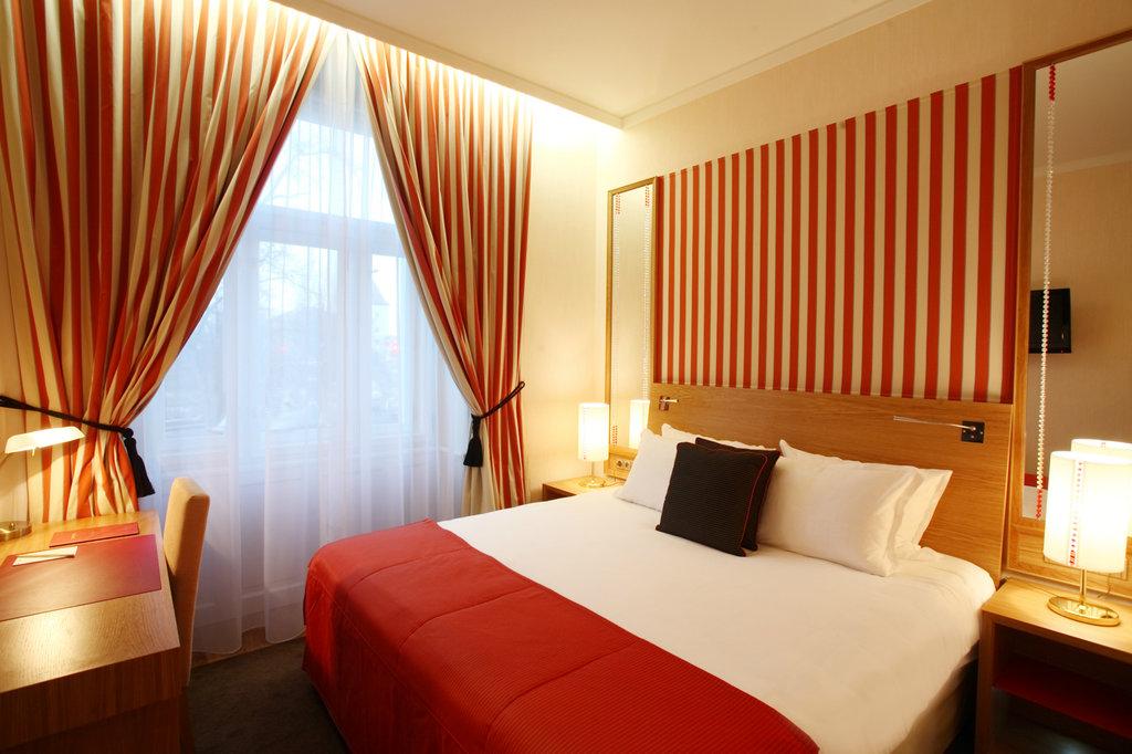 Mamaison Hotel Riverside - Deluxe Room <br/>Image from Leonardo
