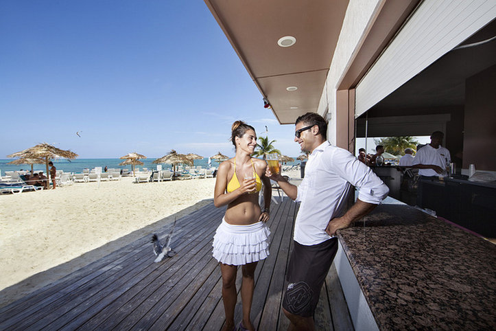 Viva Wyndham Fortuna-Beach Snack Bar<br/>Image from Leonardo