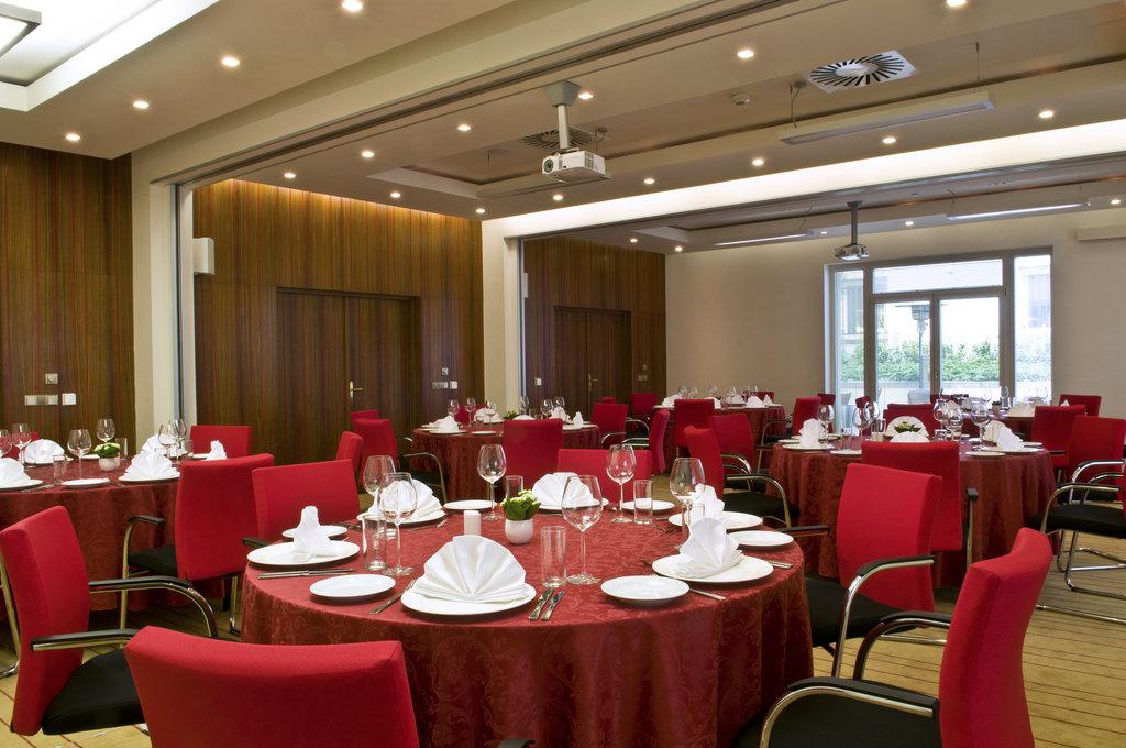 Mamaison Hotel Riverside - Meeting Room at Mamaison Hotel Riverside Prague <br/>Image from Leonardo