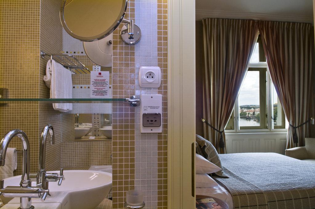 Mamaison Hotel Riverside - Riverside Suite at Mamaison Hotel Riverside Prague <br/>Image from Leonardo