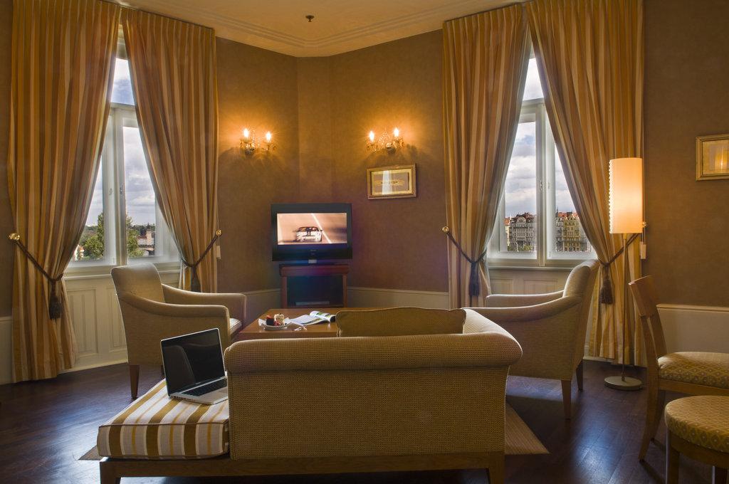 Mamaison Hotel Riverside - Riverside Suite - Living Room at Mamaison Hotel <br/>Image from Leonardo