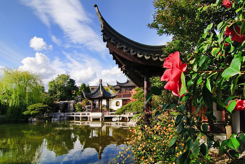 Crowne Plaza Portland-Downtown Conv Ctr-Lan Su Chinese Classical Garden: Crowne Plaza<br/>Image from Leonardo