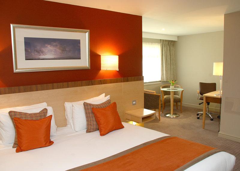 Hallmark Hotel Cambridge-Cambridge Bedroom<br/>Image from Leonardo