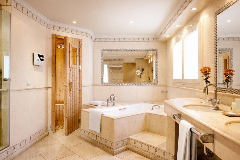 Hotel Puente Romano-Royal Suite Beach<br/>Image from Leonardo