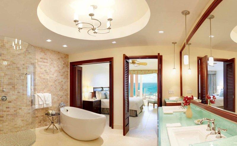 The Reefs-Club Bathroom<br/>Image from Leonardo