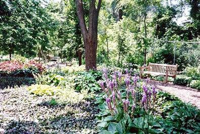 Best Western Old Mill Inn-Lauritzen Gardens<br/>Image from Leonardo
